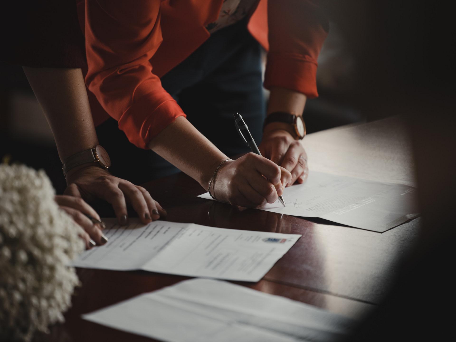 liiketoiminta kauppa sopimus